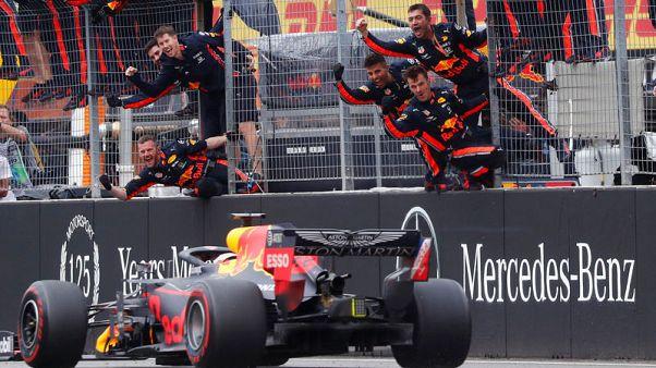 فرستابن يفوز بسباق ألمانيا الجنوني وهاميلتون يمدد صدارته