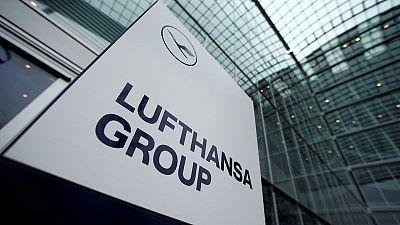 Lufthansa considers holding structure - Handelsblatt