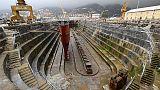 Spezia pensa vasca oceanica in Arsenale