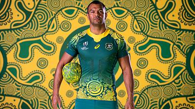 Rugby: Beale retained in Australia for another year