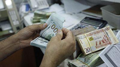 ليبيا تخفض الرسوم على مبيعات العملة الصعبة إلى 163%