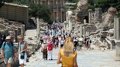 معهد الإحصاء: نمو إيرادات السياحة التركية 13.2% في الربع/2