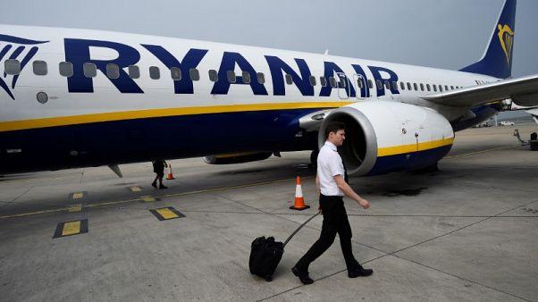 Ryanair tells staff it has 500 pilots more than it needs