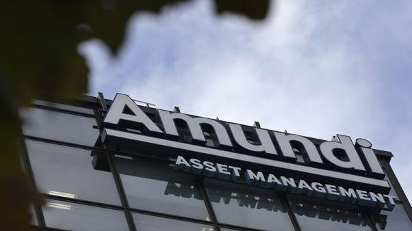 French asset manager Amundi confirms profit target even after outflows