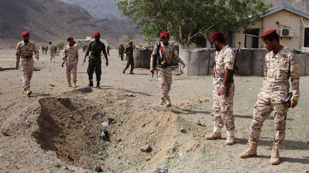 مصادر: مقتل 32 على الأقل في هجوم على عرض عسكري بعدن