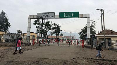 رواندا تغلق الحدود مع الكونجو بعد ظهور ثالث إصابة بالإيبولا في جوما