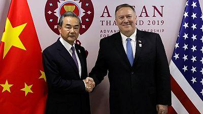 وزير خارجية الصين يحث أمريكا على الحذر بشأن تايوان وهونج كونج