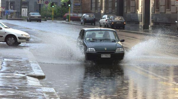 Vento e pioggia a Milano e in Lombardia