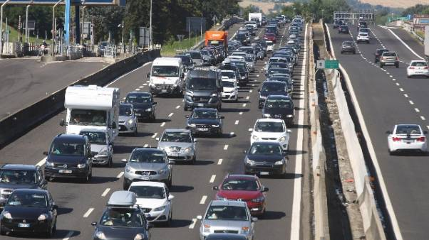 Esodo: traffico in uscita dalle città