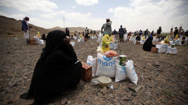 اتفاق بين برنامج الغذاء العالمي والحوثيين قد يرفع تعليقا جزئيا للمساعدات
