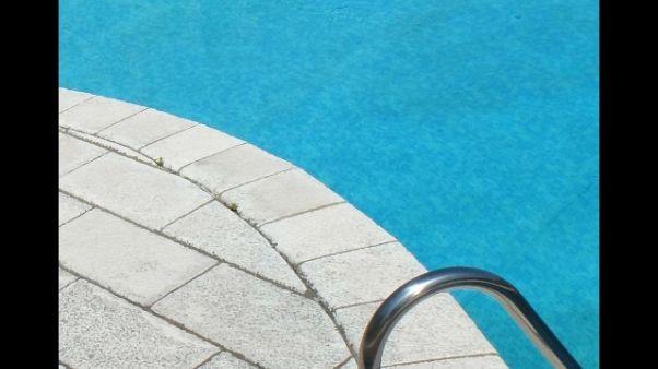 Morto bimbo soccorso piscina Lunigiana