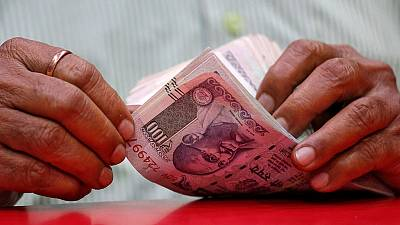 India's rupee forecast to bounce back from recent drubbing - Reuters poll