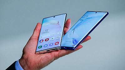 Samsung's new Note takes on Huawei in selfie beauty pageant