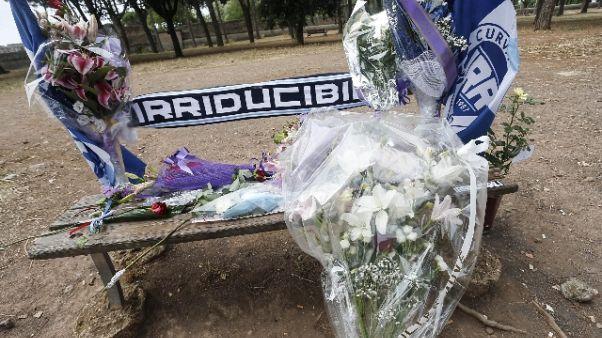 Ultras ucciso: striscione, 'Diablo vive'