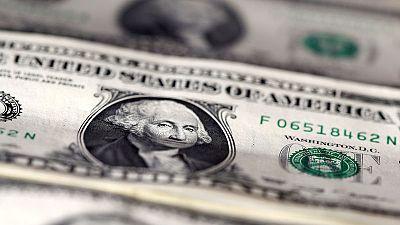 Trump decries dollar's strength, blames the Fed