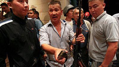 اعتقال رئيس قرغيزستان السابق بعد يوم من محاولة فاشلة لاحتجازه