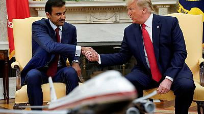 وكالة: أمير قطر يتصل بترامب لمناقشة علاقات التعاون ومحادثات السلام الأفغانية