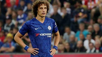 Arsenal sign Brazilian defender Luiz from Chelsea