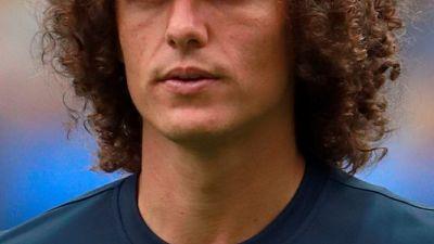 ارسنال يضم قلب الدفاع البرازيلي لويز من تشيلسي