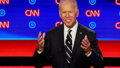 Biden seeks to keep edge as 2020 Democrats flood Iowa