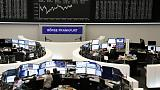 Italy's political turmoil push European shares lower