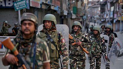 الغضب يتصاعد في كشمير بعد إقامة صلاة الجمعة وسط إجراءات أمنية