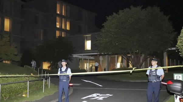 رجل يطعن أربعة أشخاص بمستشفى في اليابان