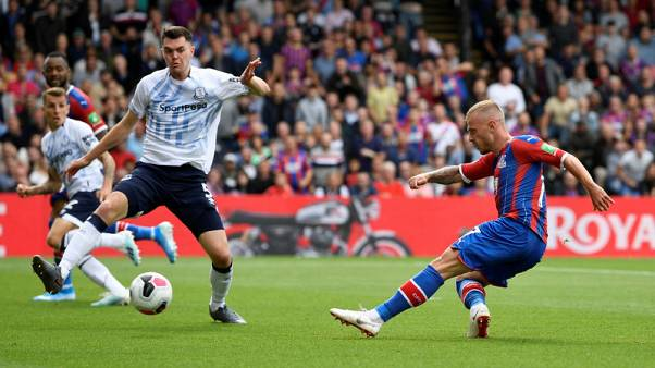 Palace hold dominant 10-man Everton to 0-0 draw