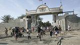 الانفصاليون في جنوب اليمن يقولون إنهم سيطروا على القصر الرئاسي في عدن