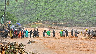 Death toll from Indian floods reaches 147, hundreds of thousands evacuated