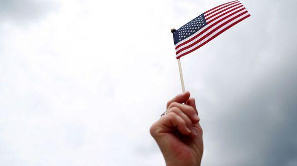 لائحة أمريكية جديدة قد تجعل نصف مقدمي طلبات الإقامة الدائمة غير مؤهلين لها