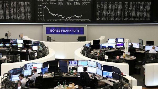 الأسهم الأوروبية تهبط مع هيمنة مخاوف النمو على السوق