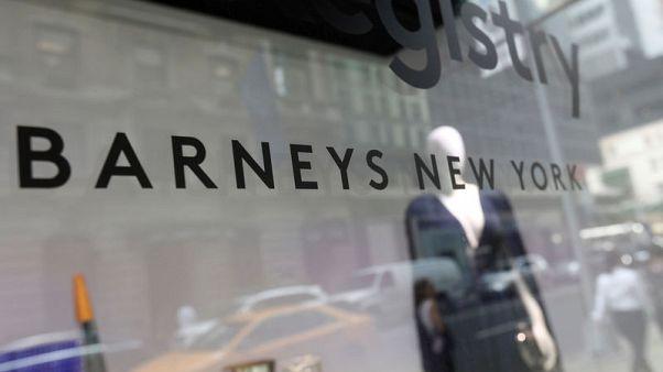 As Barneys struggles, fashion vendors try on alternative channels