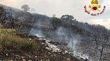 Incendi:10 famiglie evacuate nel Nuorese