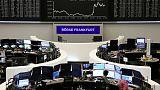أسهم أوروبا تتراجع مع استمرار مخاوف بشأن النمو العالمي