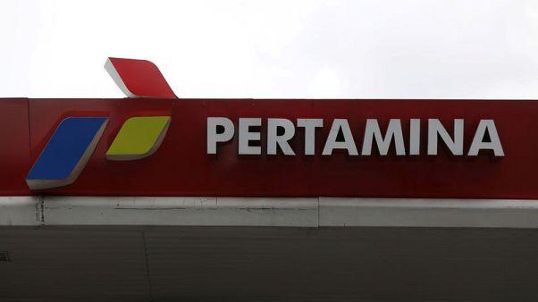 مصدران: برتامينا الإندونيسية تشتري شحنتي مكثفات للتسليم في أكتوبر
