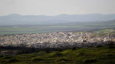 Syrian government closes in on town that was bombed with sarin