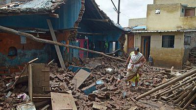 الفيضانات تودي بحياة أكثر من 270 شخصا في الهند وتشرد مليونا