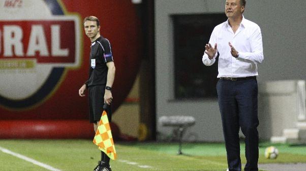 Dinamo Kiev esonera tecnico Khatskevich