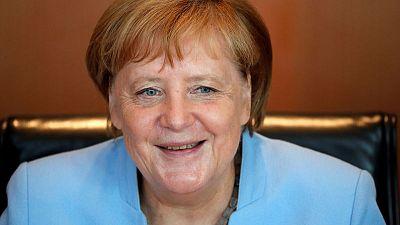 ميركل تتوقع مناقشة المهمة الأوروبية في الخليج خلال اجتماع في فنلندا