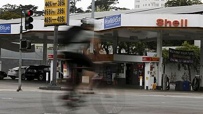 الطلب على البنزين في أمريكا يرتفع إلى مستوى قياسي عند 9.9 مليون برميل يوميا
