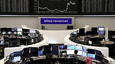 أسهم أوروبا مستقرة بعد عمليات بيع كثيفة