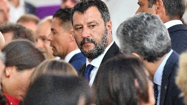 Salvini, umanità non è aiuto trafficanti