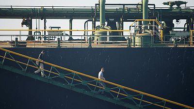 تقرير: مالك الناقلة الإيرانية يقول إنها ستتجه لموانئ بالبحر المتوسط