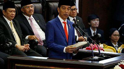 Indonesia president proposes to move capital to Borneo