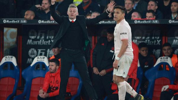 Sanchez keen on staying at Man United, says Solskjaer