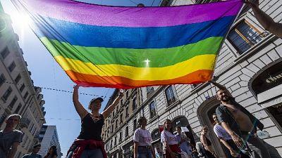 Buttafuori lido a gay, andate altrove