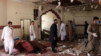 مصادر: مقتل شقيق زعيم طالبان الأفغانية في انفجار بمسجد في باكستان