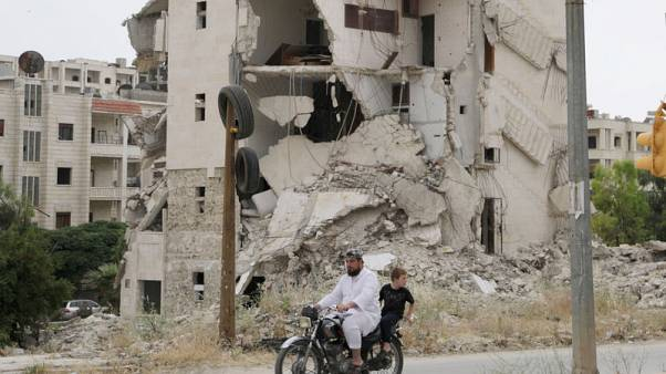 Civilian death toll mounts as Syrian offensive widens