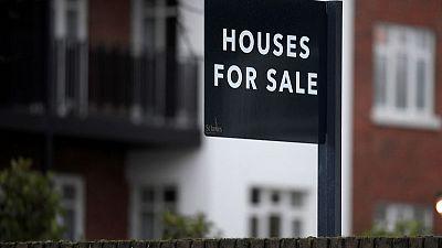 UK finance minister awards 600 million pounds to housing fund